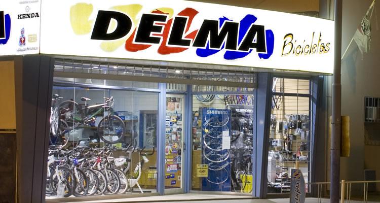 Frente Casa Delma